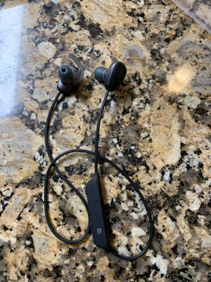 OVER HALF OFF! SONY WIRELESS IN-EAR SPORTS HEADPHONES WI-SP600 for Sale in Pembroke Pines, FL