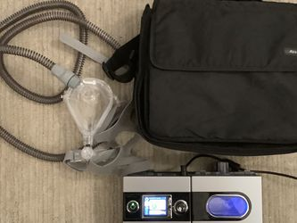 ResMed S9 CPAP Machine + H5i Heated Humidifier + Carrying Case + Mask, Tube, Extras - Only 1831 Hours! for Sale in Boston,  MA
