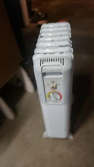 Electric Radiator heater for Sale in Powhatan, VA