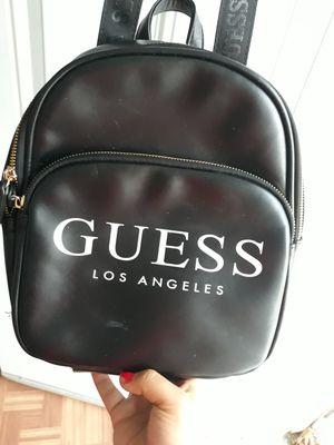 Guess crossbody/backpack purse for Sale in Downey, CA