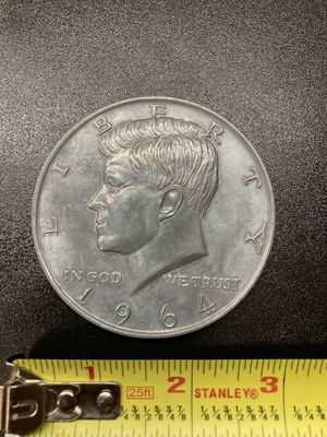 Pewter currency coaster set for Sale in Haysville, KS