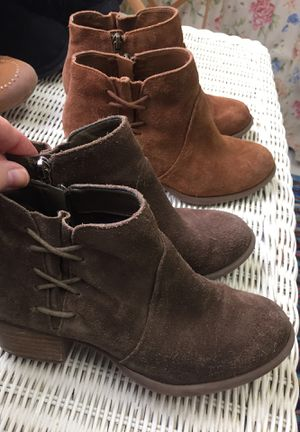 EUC girls suede boots size 5 for Sale in Chesapeake, VA