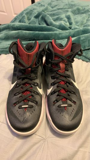 Nike Lunarlon basketball shoes size 5.5y for Sale in Pomona, CA