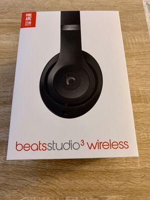 Apple Beats wireless studio 3 with warranty black for Sale in San Jose, CA