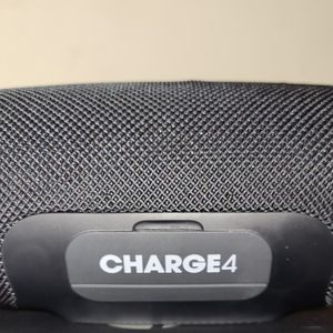 JBL Charge 4 Bluetooth Speaker for Sale in Beverly Hills, CA