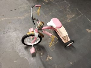 Pink radio flyer tricycle for Sale in Boston, MA