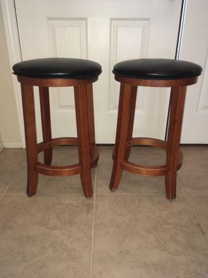 Bar stools small 2 each. for Sale in Las Vegas, NV
