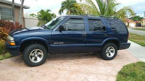 Chevy blazer 2002 for Sale in Miami, FL
