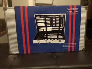 Silver BBQ grilling 24 pc set with Steak knives/forks for Sale in Los Angeles, CA