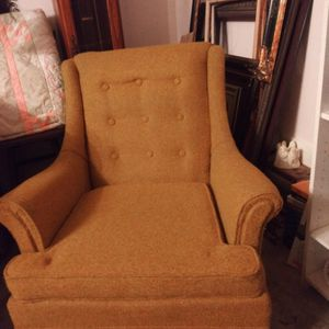 Vintage Chair for Sale in Ball, LA