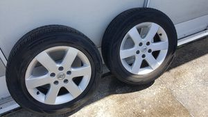 Nissan 15 inch Allow Wheels w/Tire for Sale in Haines City, FL