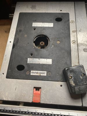 Table saw with router has new saw blades and router bites never opened for Sale in Ellwood City, PA