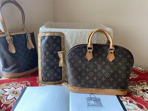 Louis Vuitton Authentic Brown Monogram Alma Bag w/Certificate for Sale in Edinburg, TX