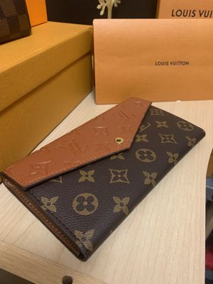 Louis Vuitton Wallet for Sale in Monroeville, PA