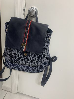 Tommy Hilfiger backpack bag for Sale in Hialeah, FL