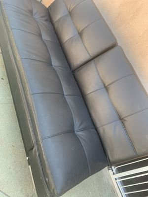 Black Leather Futon Sofa for Sale in Pico Rivera, CA