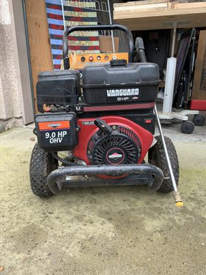 Briggs and Stratton 3400psi pressure washer for Sale in Fresno, CA