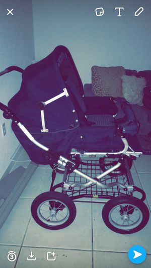 Vintage Double Stroller Must sell for Sale in Homestead, FL