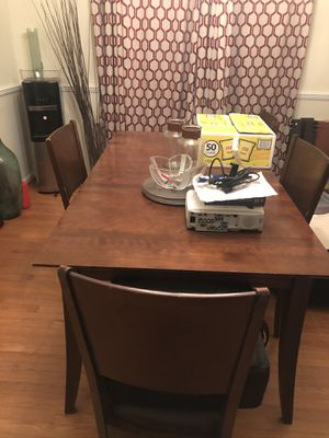 Kitchen Dining room table for Sale in Clinton, MD