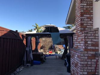 Canopy for Free for Sale in Newark,  CA