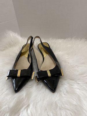 $139 Michael Kors Kiera bow accent kitten heel slingback pumps Black size 10 for Sale in Dearborn, MI