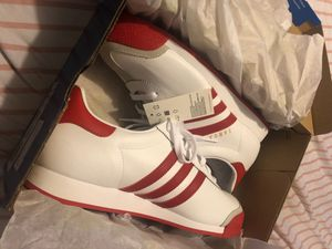 Red & white adidas samosas 60$ for Sale in Columbus, OH