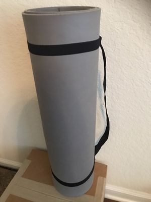 Yoga mat with travel straps (included) for Sale in Orlando, FL