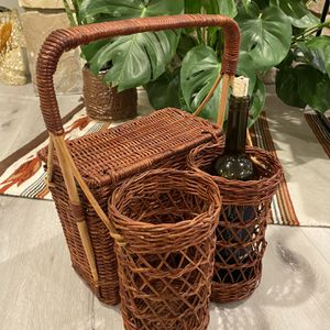 Vintage Wicker Picnic Basket and Wine Holder for Sale in Newport Beach, CA