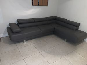 Brand new sectional couch FREE DELIVERY for Sale in Hollywood, FL