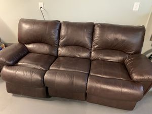 Leather Power recliner couch - Castro brand for Sale in San Jose, CA