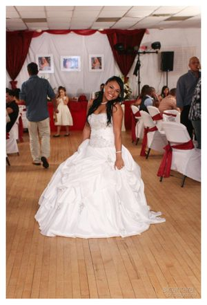 Wedding dress for Sale in Somerville, MA
