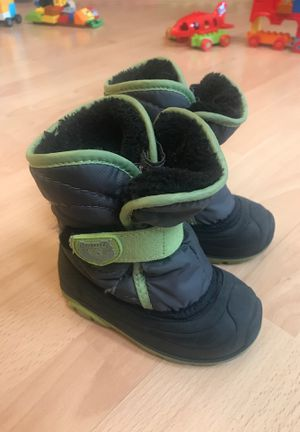 Kamik winter snow boots fur inside toddler size 7 for Sale in Chicago, IL
