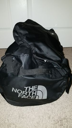 North Face Base Camp Duffle Bag (Medium) for Sale in Bellevue, WA