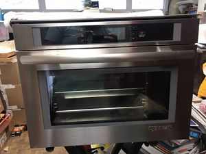 "Jenn Air 120v 24"" steam convection oven JBS7524BS for Sale in Fullerton, CA"