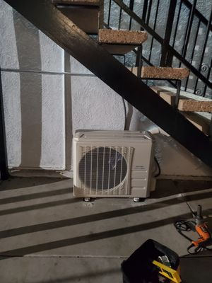 24k Mini Split AC/ Heater for Sale in La Mirada, CA