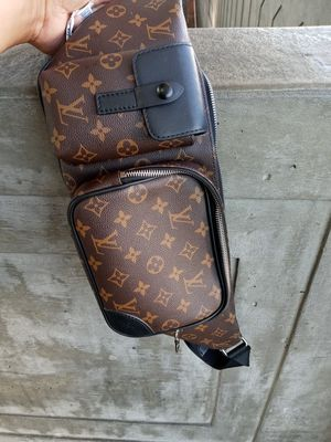 Louis Vuitton fanny pack for Sale in Fontana, CA