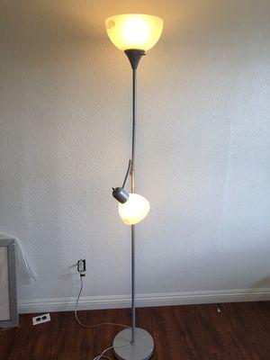 2 light floor lamp for Sale in Rancho Cucamonga, CA