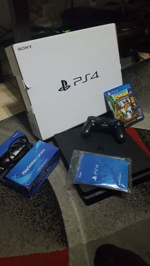 Ps4 slim bundle 450 obo for Sale in Tampa, FL
