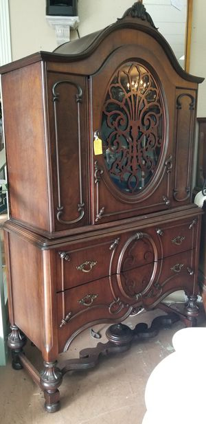 🌿 Amazing Antique China Cabinet for Sale in Phoenix, AZ