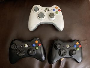 3 Broken Xbox 360 Controllers for Sale in Yacolt, WA