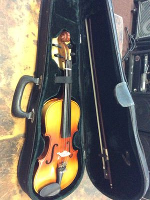 Harmonia VC006 Violin size 1/2 with bow in case for Sale in La Habra Heights, CA