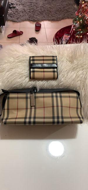 Burberry bag with matching wallet for Sale in West Palm Beach, FL
