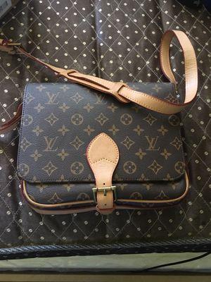 Original Louis Vuitton bag for Sale in Vernon, CA