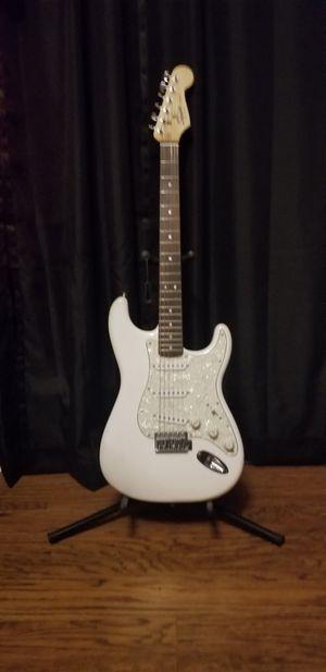 FENDER SQUIER STRAT Electric Guitar for Sale in Longview, TX