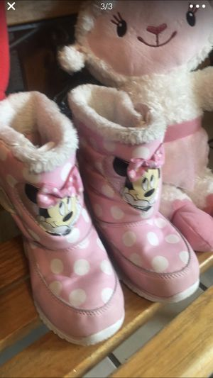 Pink Minnie Mouse 🐭 boots for Toddlers size 12 like new used once perfect for winter ❄️ for Sale in Burlington, WA