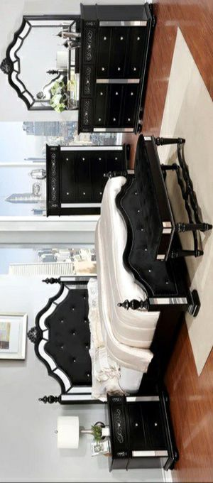 4 PIECE Opulent Black Queen Bedroom Set   B880 for Sale in Silver Spring, MD