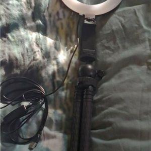Ring Light/Vlogging Tripod for Sale in Portland, OR