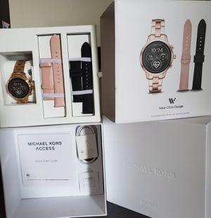 Michael kors Runaway smart watch gift set for Sale in Bellevue, WA