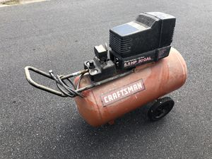 Large Craftsman 30 Gallon 5.5hp Air Compressor for Sale in Largo, FL