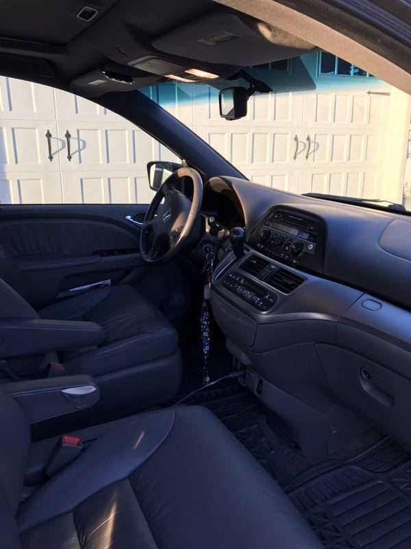 2010 Honda minivan